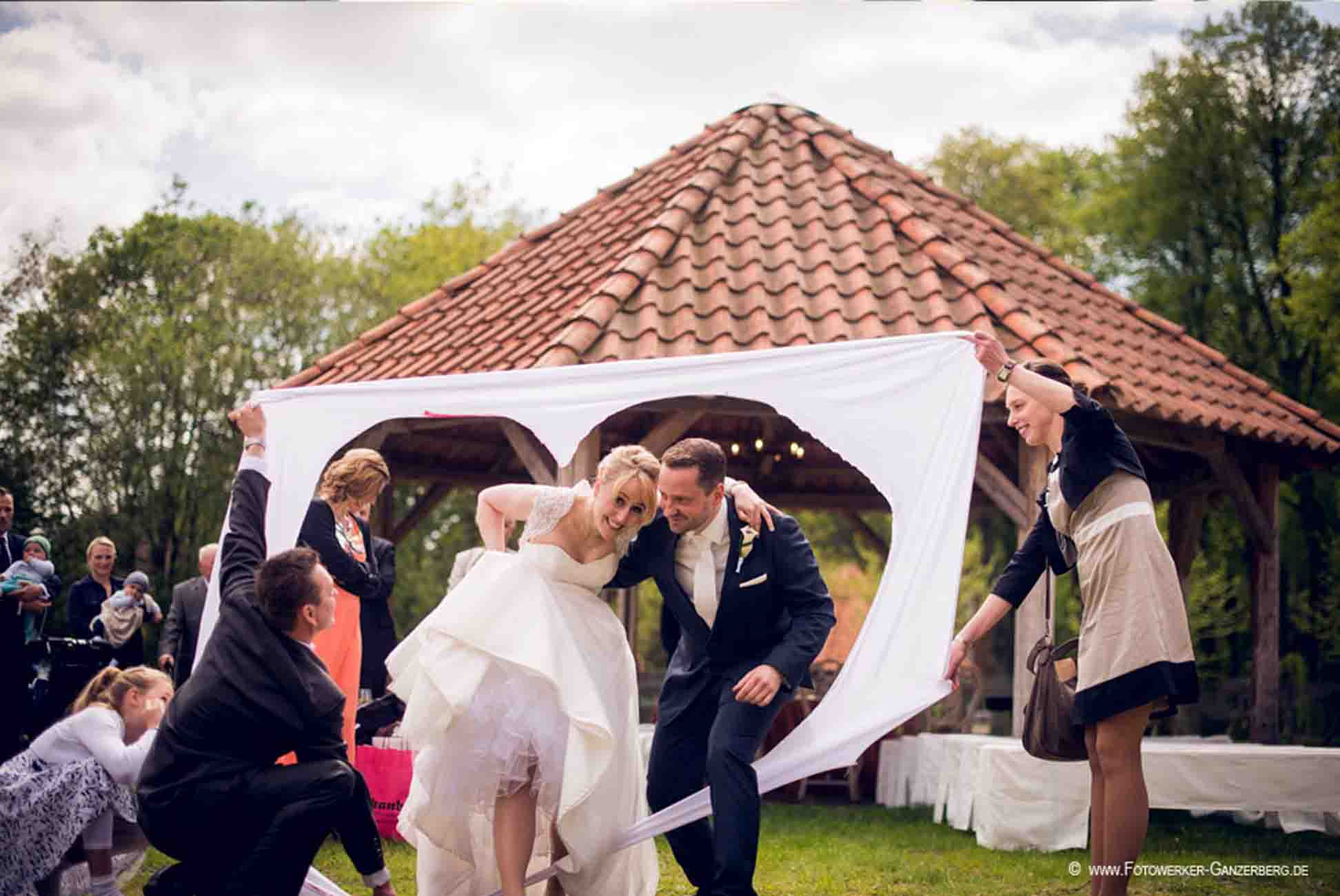 Hochzeit Gut Pronstorf - Freunde ©König