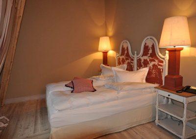 Sommerabend Hotel Pronstorfer Torhaus - Bett 2