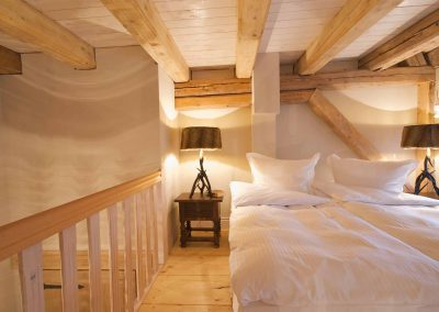 Eulenhöhle-Hotel-Pronstorfer-Torhaus-Doppelbett