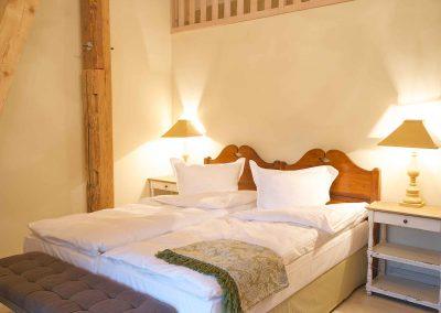 Weizenspeicher-Hotel-Pronstorfer-Torhaus-Bett